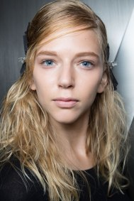 wes-gordon-backstage-beauty-spring-2016-fashion-show-the-impression-20