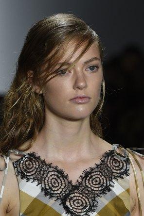 wes-gordon-close-ups-spring-2016-fashion-show-the-impression-14