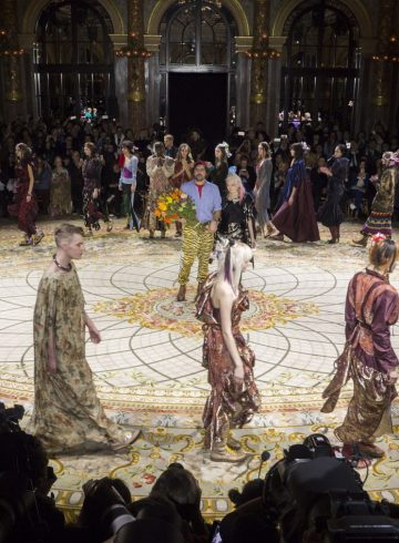 Vivienne Westwood Fall 2017 Fashion Show Atmosphere