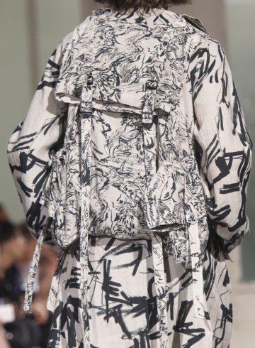 Yohji Yamamoto Spring 2018 Men's Fashion Show Details
