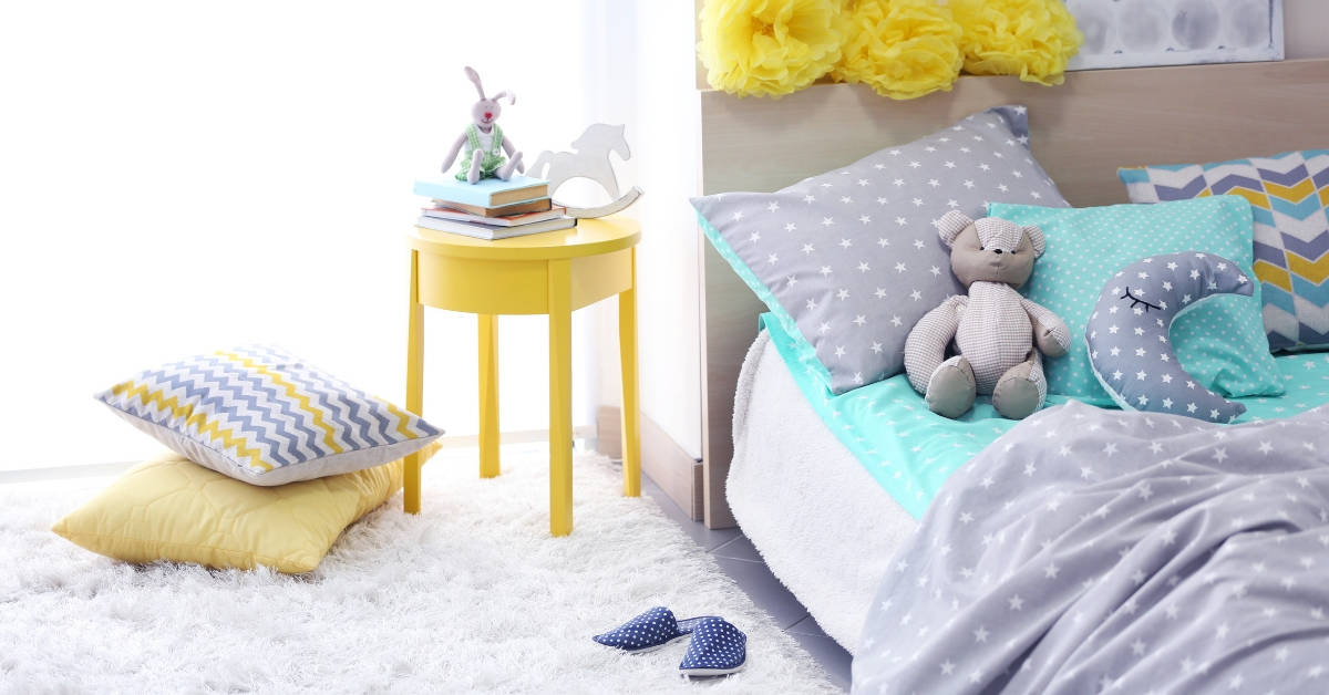 teaching child to clean their bedroom