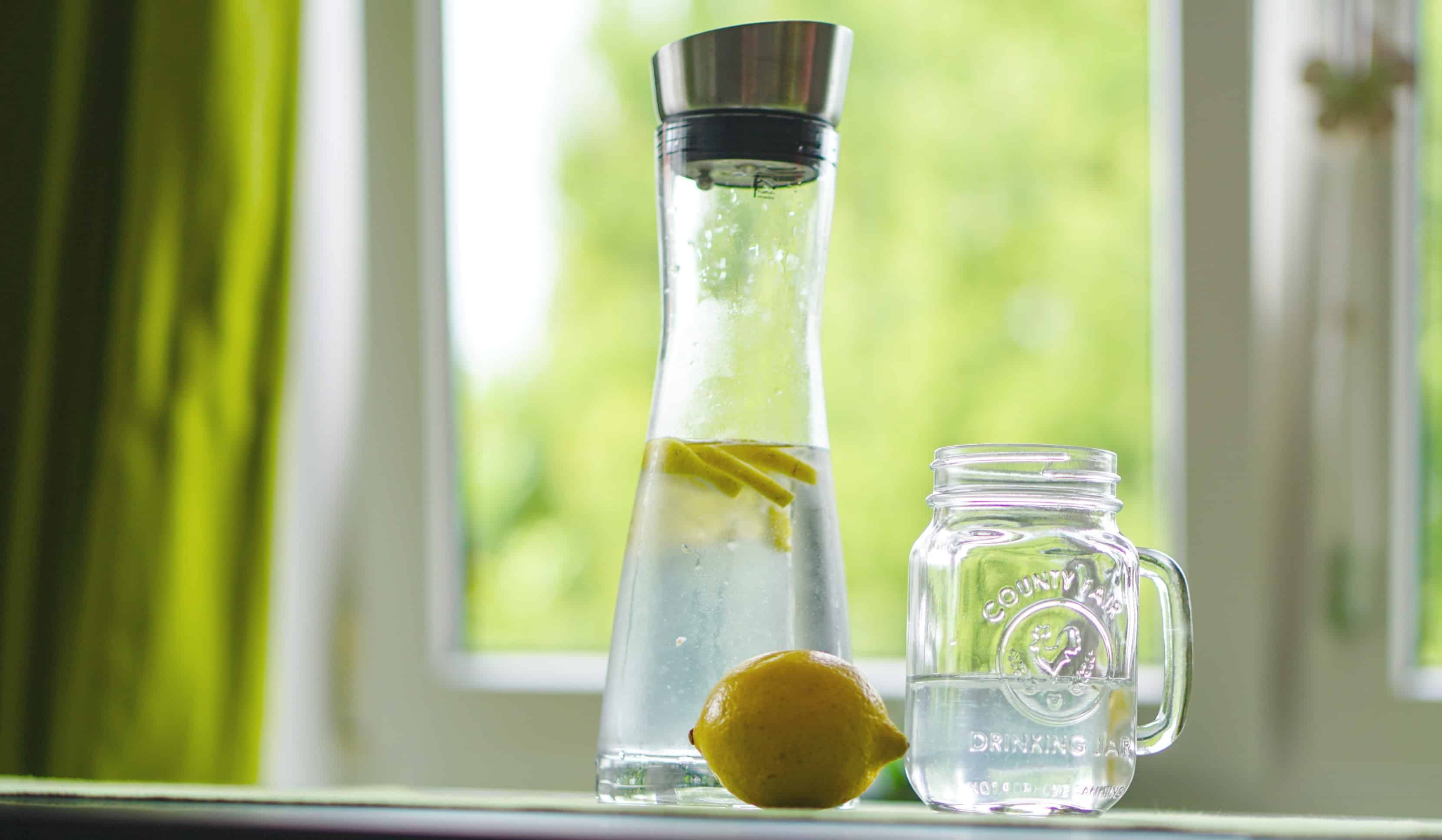 drink lots of water while intermittent fasting and breastfeeding