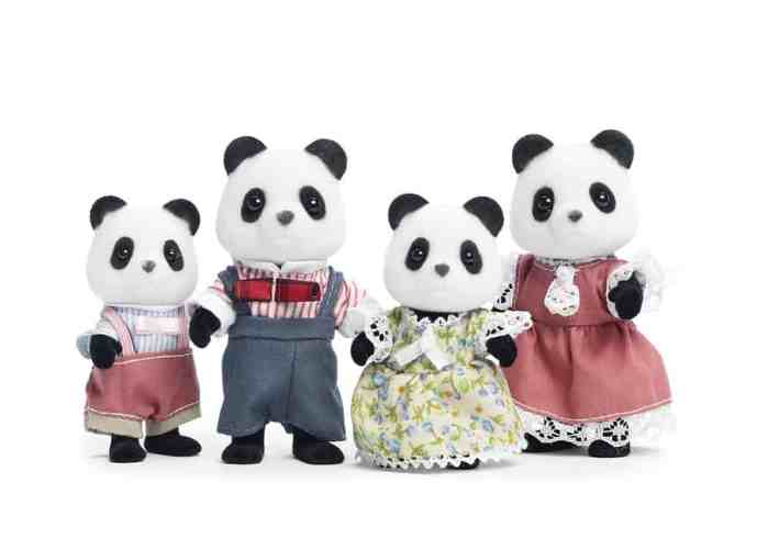 best panda gifts- calico critter panda family