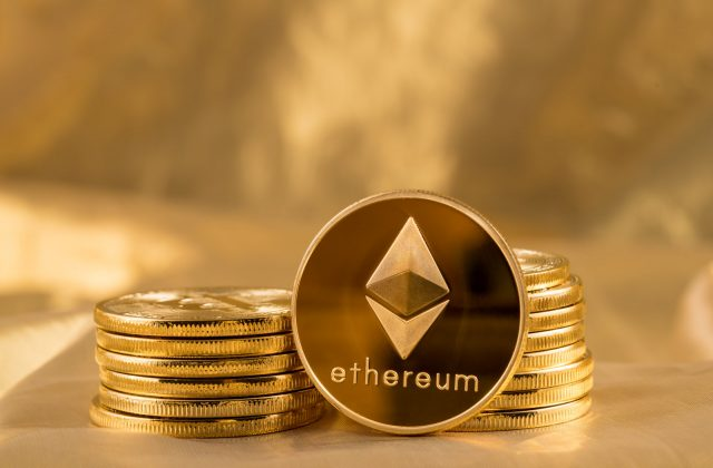 Bitcoin, Ethereum and Ripple Raise Over 20% as Cryptocurrency Market Recovers