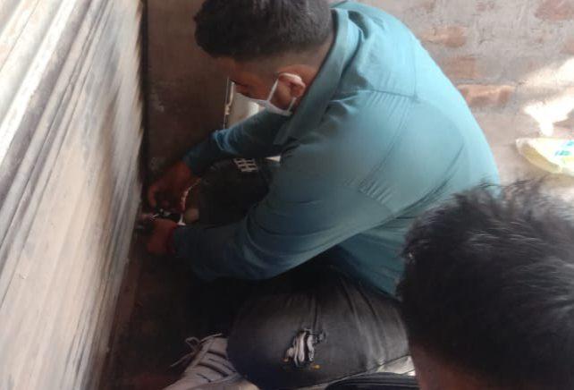पांच दुकानें सीज, वसूला साढ़े छह हजार रुपए जुर्माना