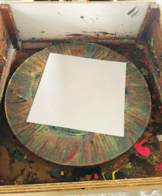 The canvas on the rotating wheel