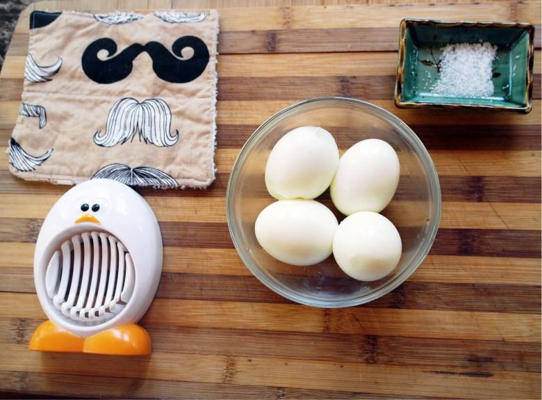 Mindfulness in Slicing Eggies