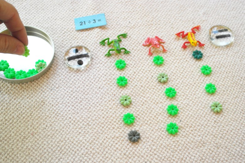Teach Basic Division – Using Frogs & Lily Pads