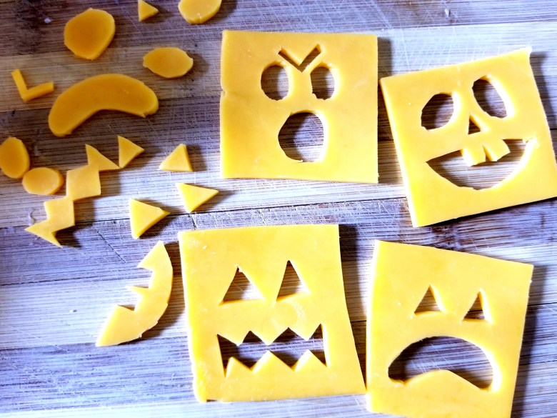 Jack-O-Lantern Cheese Crackers