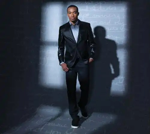 Jonathan McReynolds Launches the Elihu Nation Scholarship!