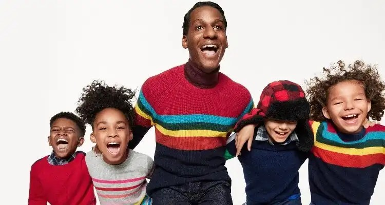 'Meet Me in the Gap' Holiday Campaign starring Leon Bridges