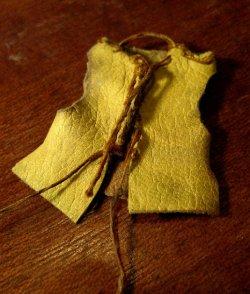 theinfill Medieval, Tudor, Jacobean 1:12 dolls house blog - the infill dolls house blog – boy's bedroom leather jerkin