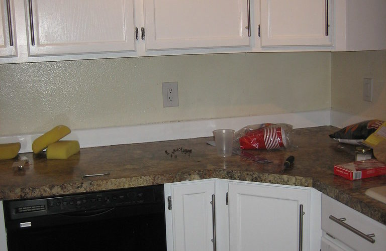 it cost to resurface a kitchen sink