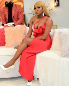 """""""If your transfer limit is less than N2Million in a day, we are not mates"""" – Thelma replies Titans over her 'White Shoe'"""