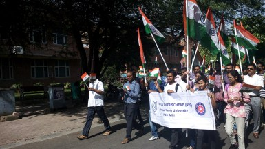 NSS Volunteers leading the march.