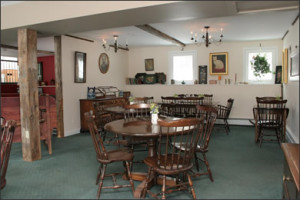 Dining Room at Inn Mount Snow Great for Groups