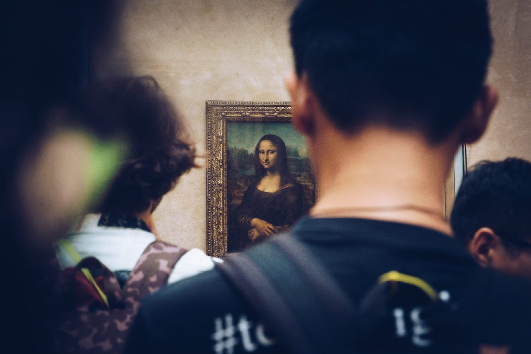 Mona Lisa being admired juan di nella art vulnerability