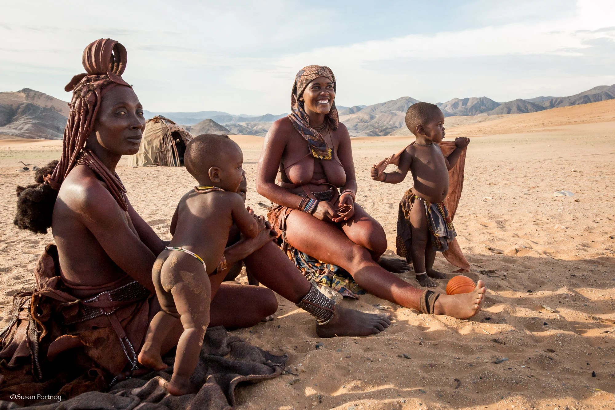 Everything is very relaxed on my second day visiting with the Himba. Actually, they were always relaxed, it was I that was a bit of an internal wackadoodle