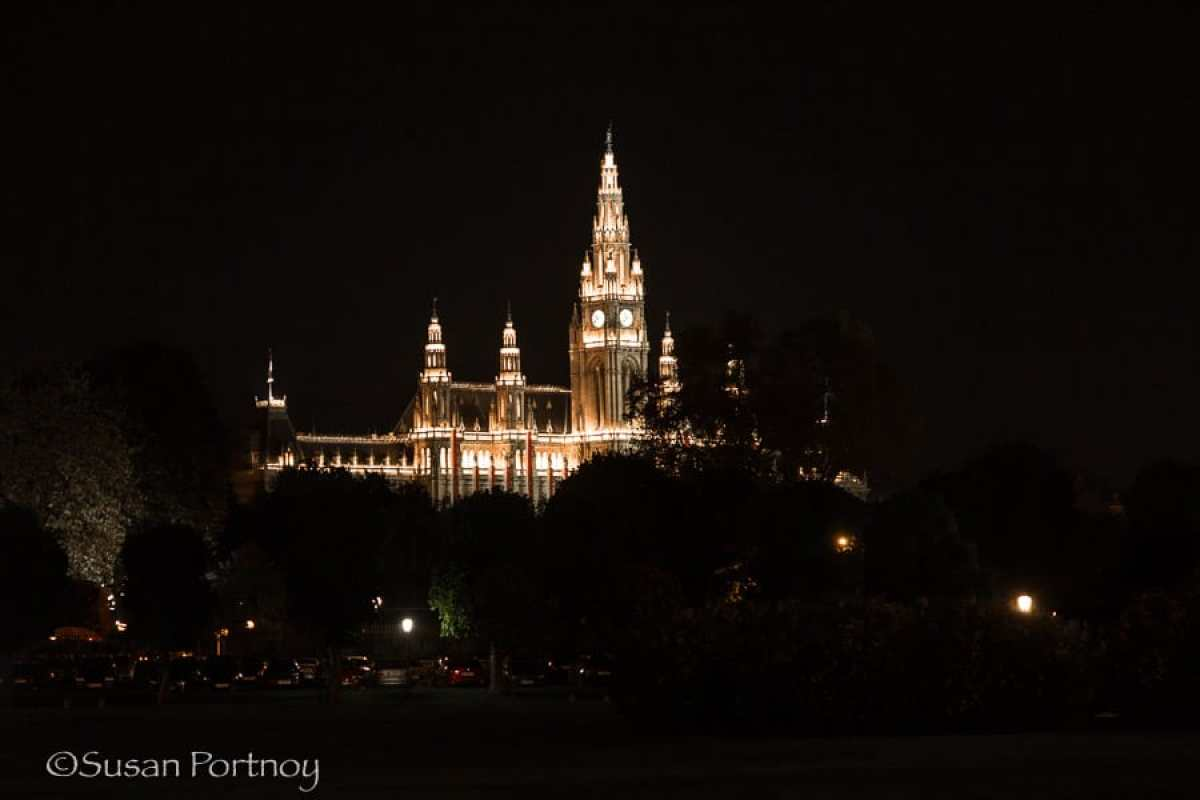 Photographing Parliament building in Vienna, Austria