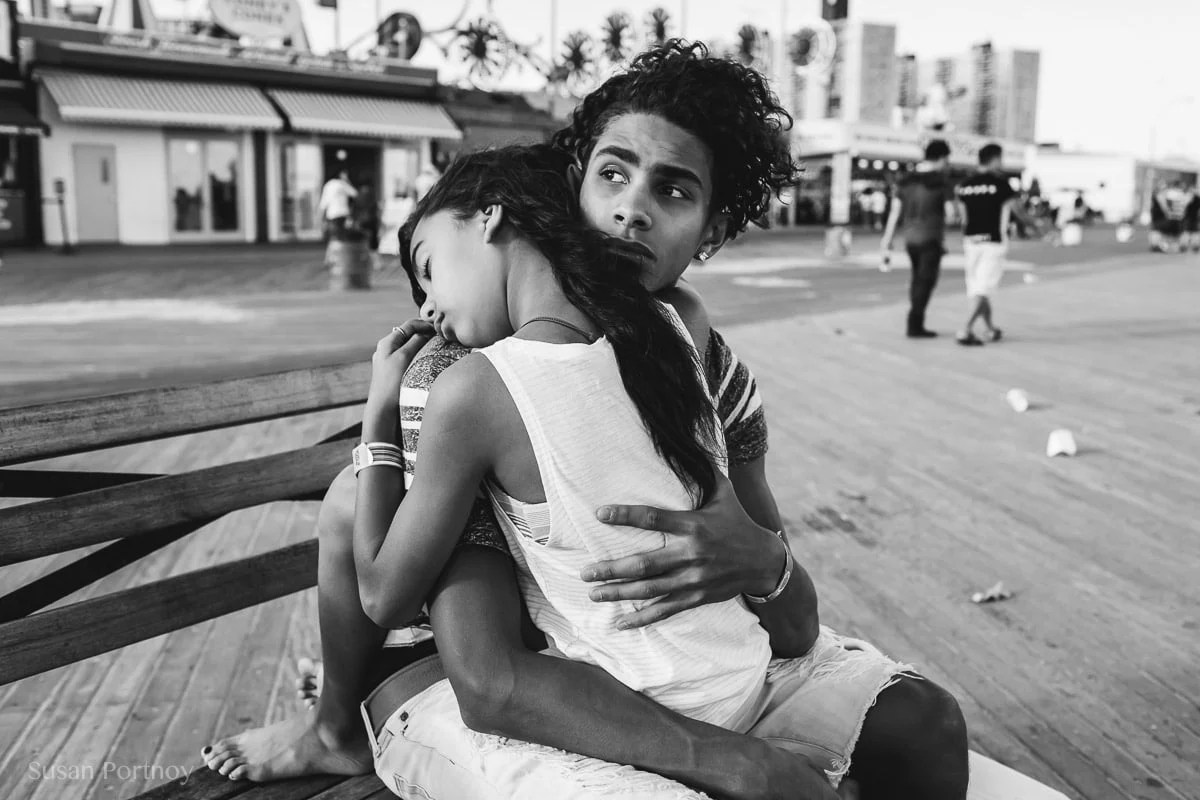 What I Learned About Street Photography From Renowned Photojournalist Peter Turnley