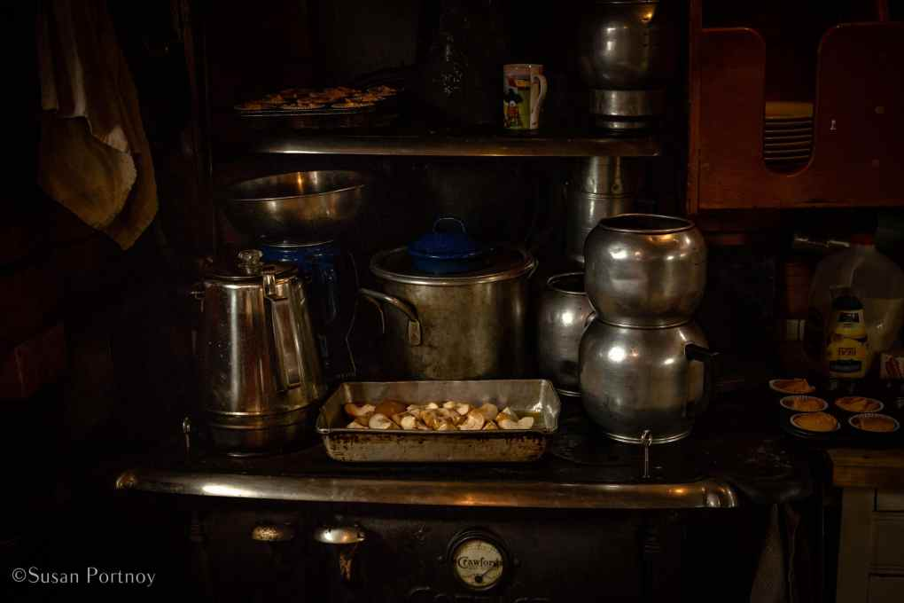 Lucy, Annie Mahle's wood-burning oven on the J & E Riggin - Windjammer cruise in Maine-531620180703