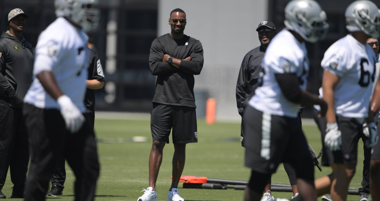 Oakland Raiders coaching invite Calvin Johnson