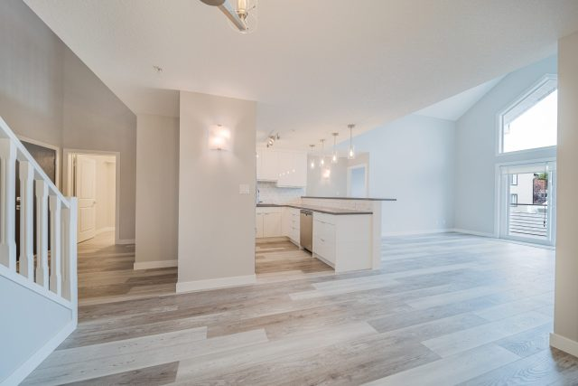 503_1441 23 Ave SW