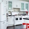 White appliances white kitchen