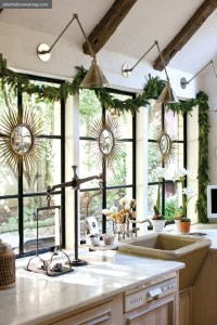 {Dreaming} Simple Christmas Decorating All Through The ...