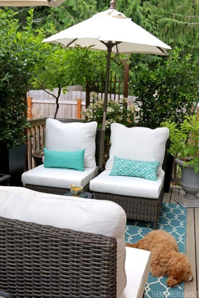 small backyard patio design ideas My Small Backyard Deck Makeover {Before & After} - The