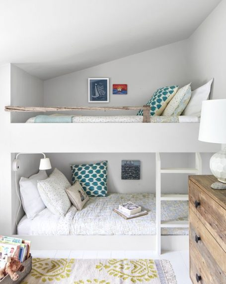 Cottage Built In Bunk Beds