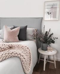 Thinking In Pink - The Inspired Room