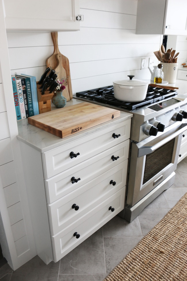 kitchen pulls rolling island for how to mix match hardware finishes styles the inspired