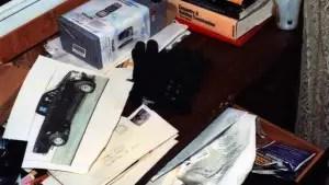 exhibit-desk-1