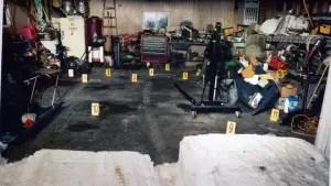 exhibit-garage-markings