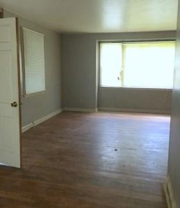 Living Room before larancharita renovation raleigh house flip
