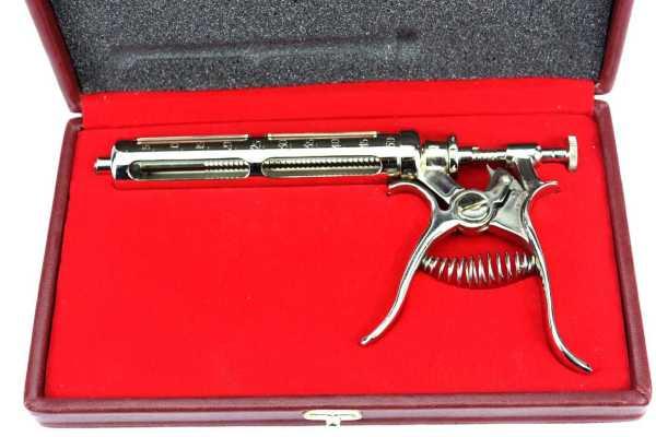 Roux revolver syringe