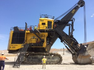 Carly at the Mission mine in Arizona with the prototype 2650CX from Joy Global. Copyright: The Intelligent Miner