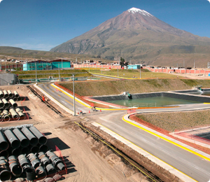 In 2015, Cerro Verde commissioned a wastewater treatment plant for the city of Arequipa within its concession. In exchange, Cerro Verde received a portion of the treated wastewater for use in its operations. Image: Cerro Verde/Freeport McMoRan