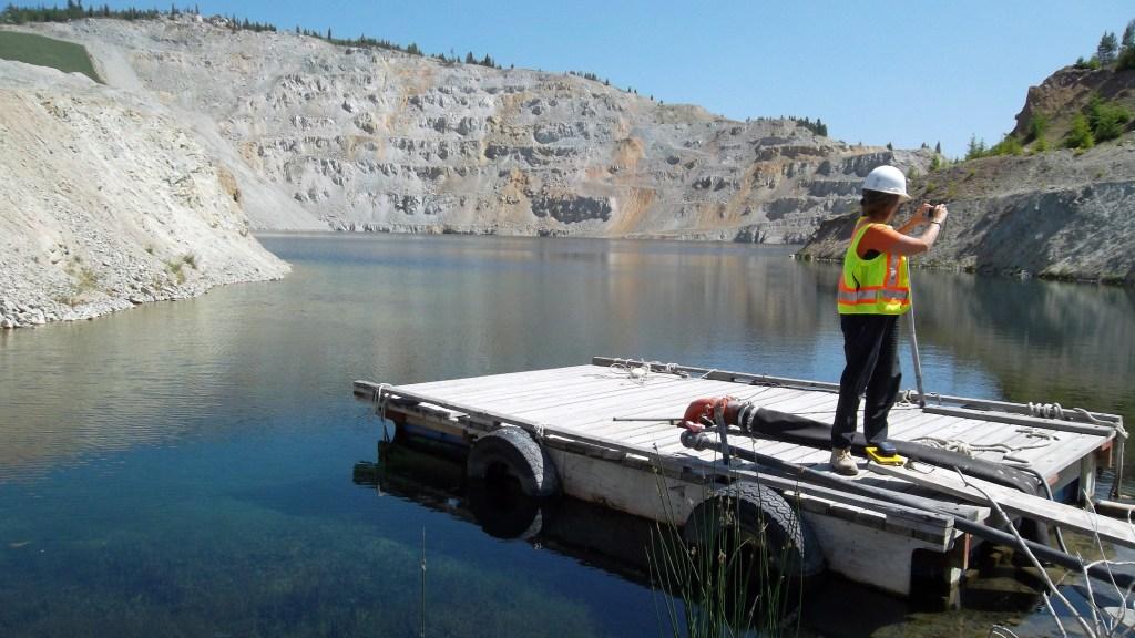 Studying a mine pit lake. Image: BRIMM