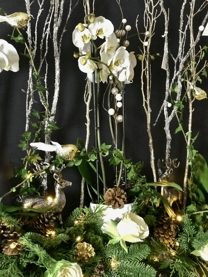 How To Create A Magical Woodland Christmas Mantelpiece