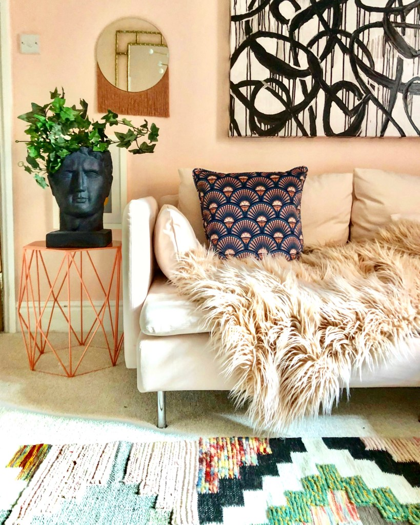 The Artful Play of Pattern & Eclectic Decor - Sarah Hubbard House Tour - Living room eclectic decor of @nudeandthenovice