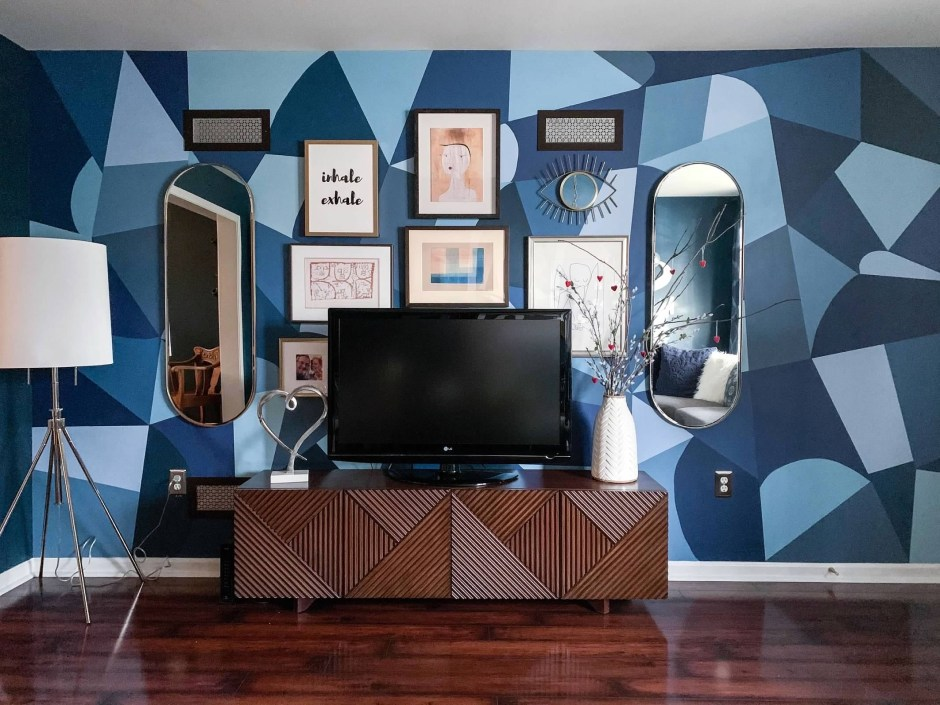 How To Use Paint Creatively In Your Home | Mel's Monochrome Picasso style hand painted wall mural that uses 12 shades of blue