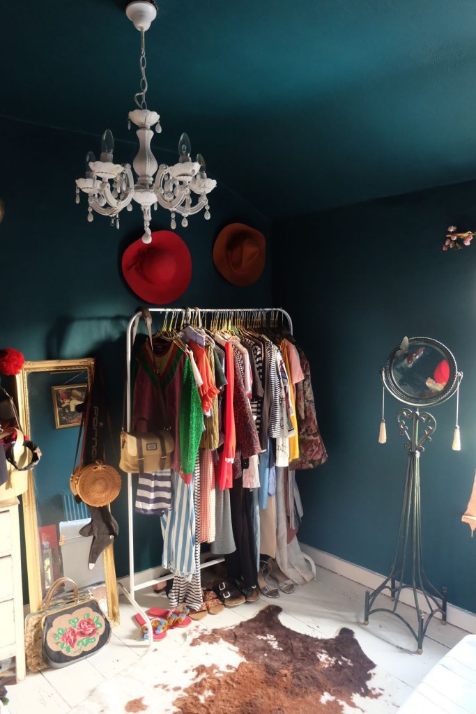 The Creative Eclectic Home of Gold Leaf Queen - Lara Bezzina -dressing room