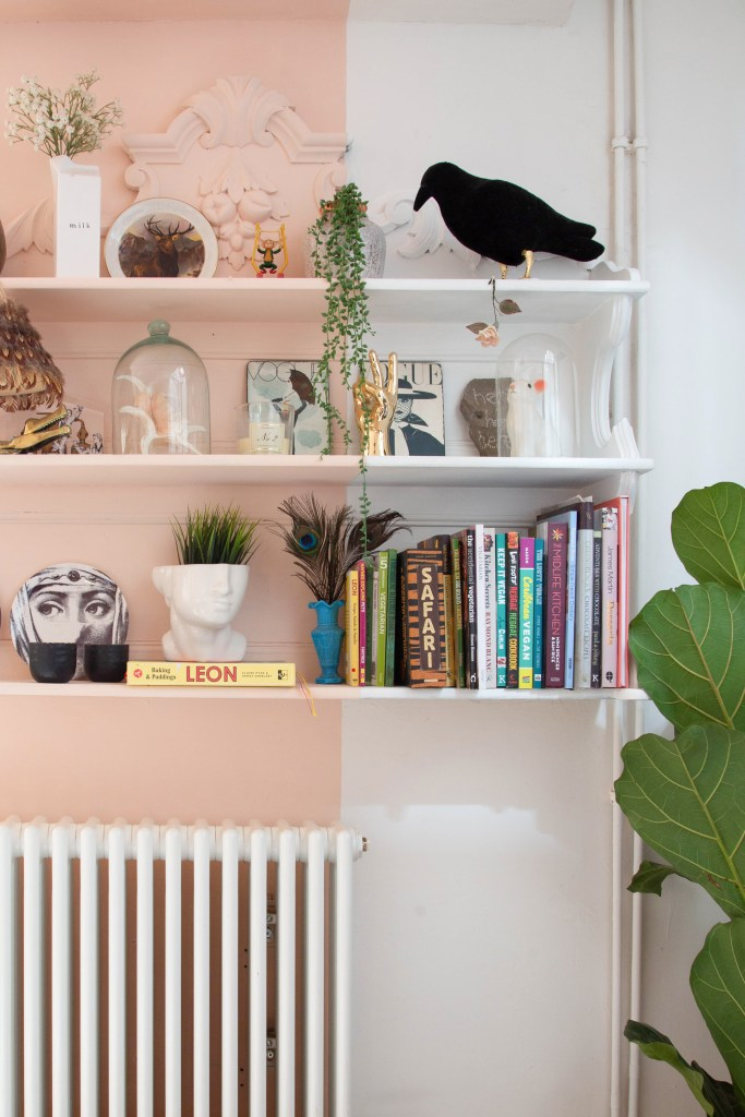 The Creative Eclectic Home of Gold Leaf Queen - Lara Bezzina - shelf styling