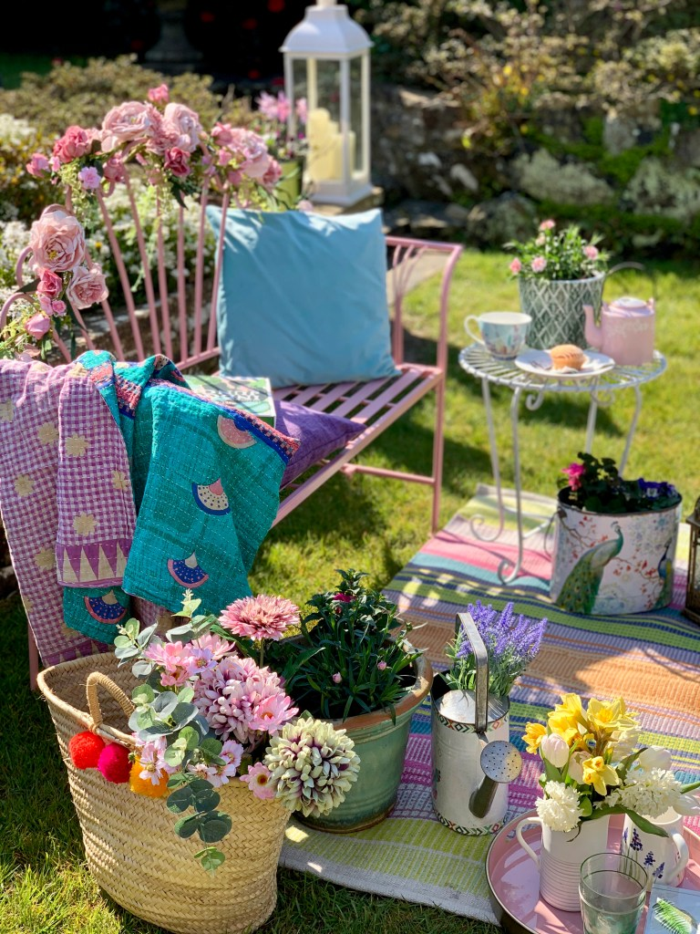 Easy Styling Tips For Your Garden Seating Areas bench styled