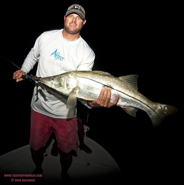 Jason Crews AFTCO HDUV Paddle Snook WM