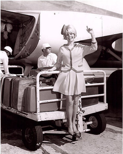 Stewardess_Girl_Pictures_AAP