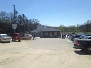 as you can see....Bluff Lake Catfish Farm was packed on this Sunday afternoon. And we quickly figured out why. https://www.facebook.com/pages/Bluff-Lake-Catfish-Farm/60038136387?fref=ts
