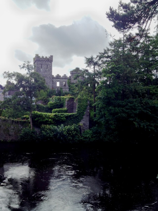Macroom Tourism Info B&B Hotels Cork Guide